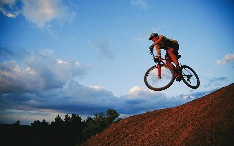 7 Tips that Will Make You a Better Mountain Biker
