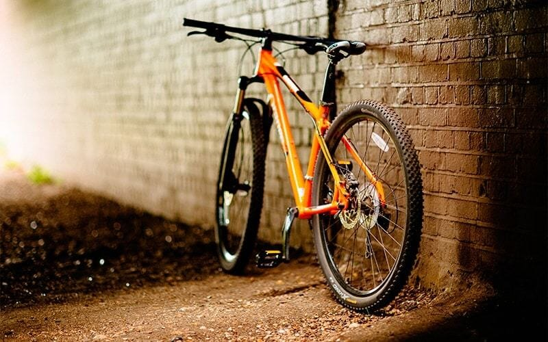 Best Mountain Bikes Under $2000 - Reviews with Buying Guide