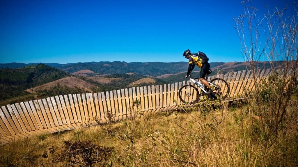 Review of Top 10 Best Mountain Bikes Under $200